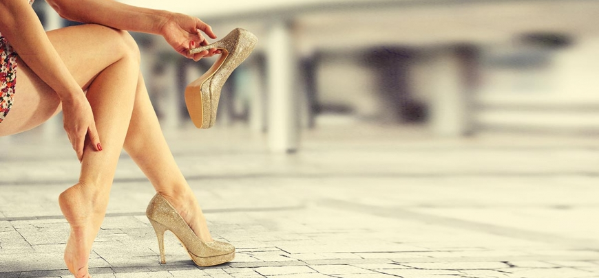 circolazione; gambe; gambe pesanti; caviglie; tacchi; scarpe alte; caviglie gonfie;
